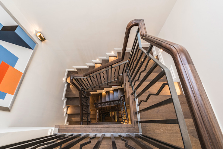Beautifully crafted custom designed slender staircase with rooflight. RBD Architecture & Interiors Classic style corridor, hallway and stairs Wood Wood effect