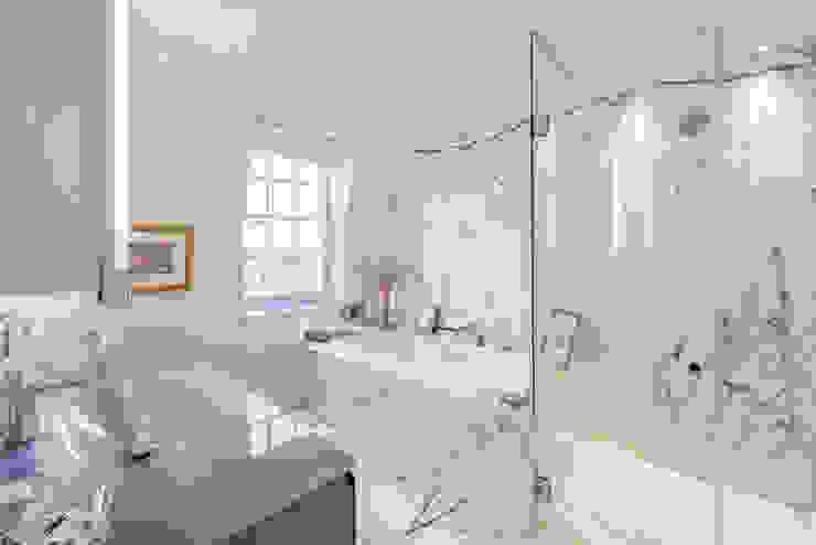 Master en-suite bathroom RBD Architecture & Interiors Classic style bathroom Marble White