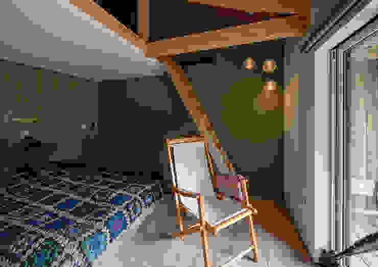 Le Pont ATELIER O2 モダンスタイルの寝室 緑