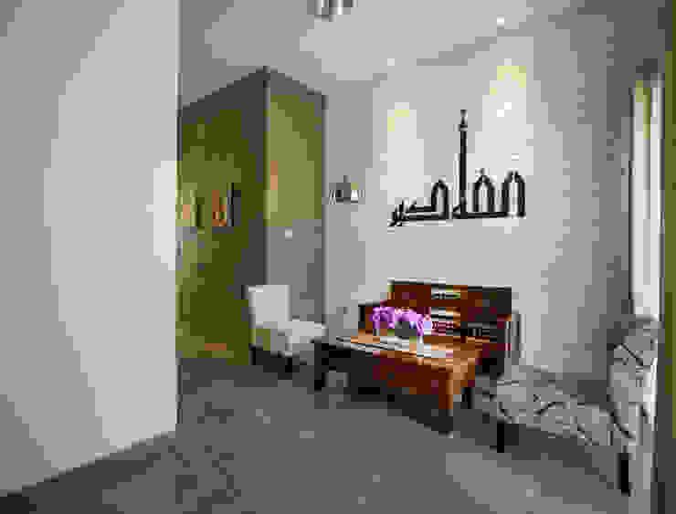 Ruang Tamu Oleh CV Andyrahman Architect