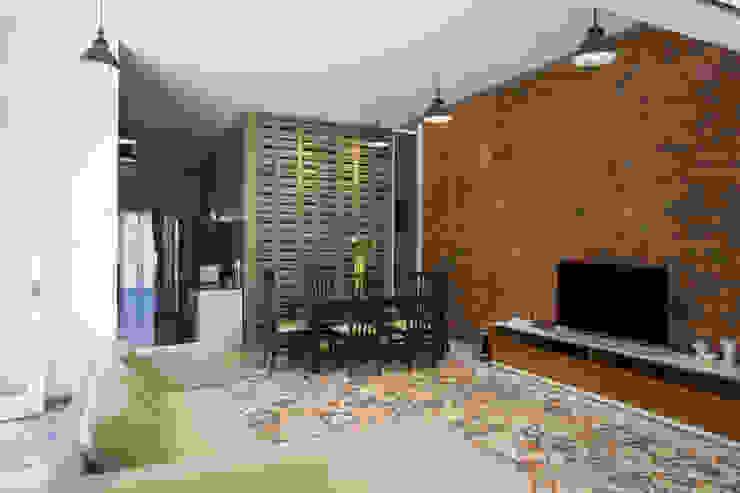 Ruang Keluarga & Ruang Makan View 4 Oleh CV Andyrahman Architect