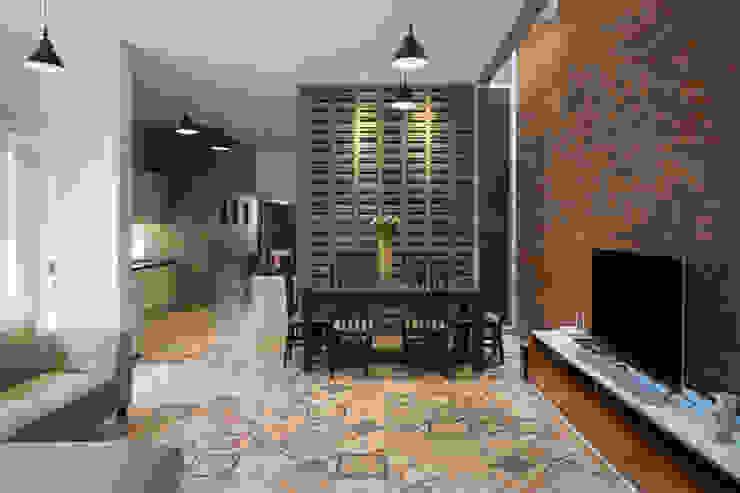 Ruang Keluarga & Ruang Makan View 5 Oleh CV Andyrahman Architect