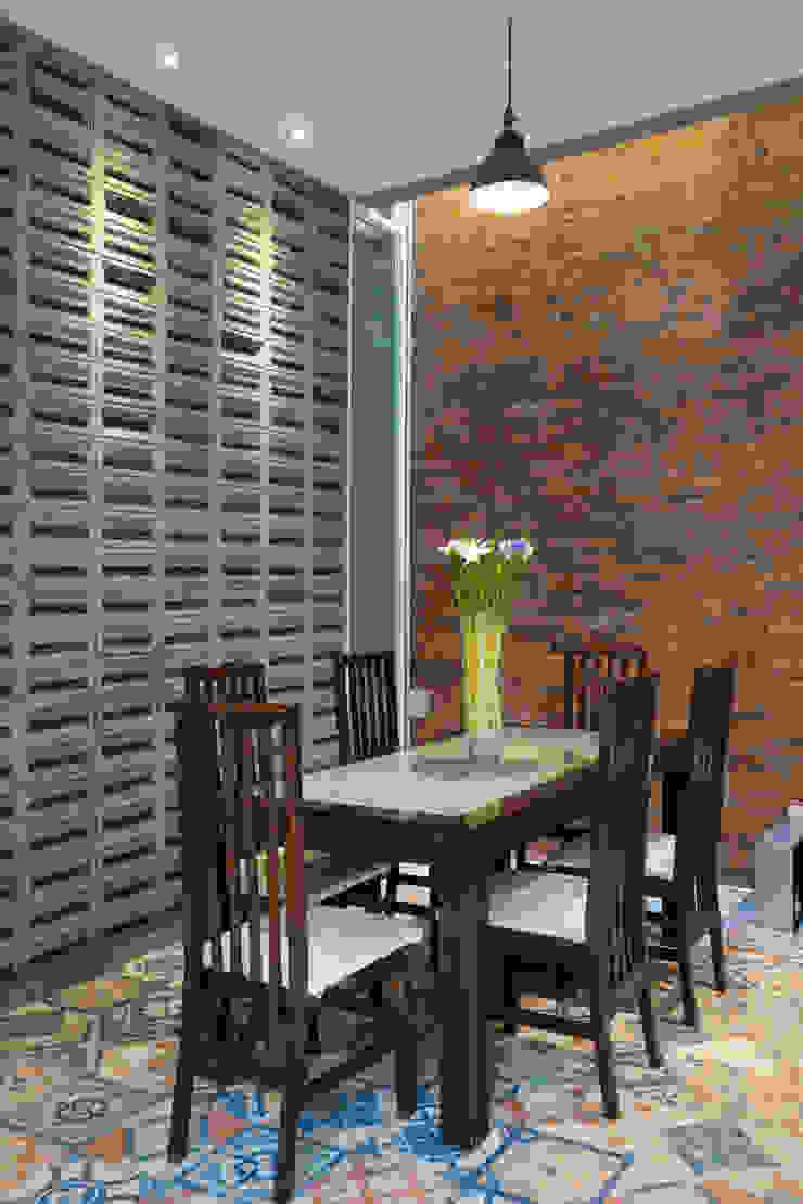 Ruang Makan Oleh CV Andyrahman Architect