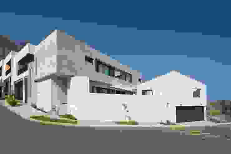 Casa Encino Casas modernas: Ideas, imágenes y decoración de LGZ Taller de arquitectura Moderno