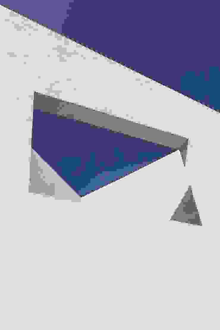 Casa Encino Balcones y terrazas modernos: Ideas, imágenes y decoración de LGZ Taller de arquitectura Moderno