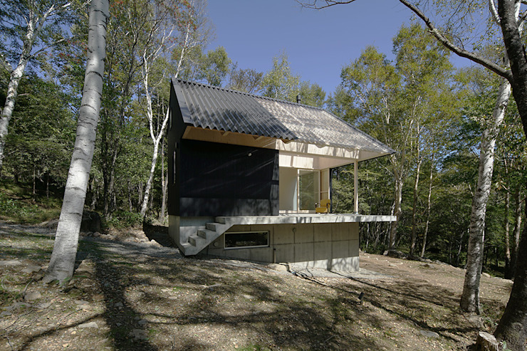 桑原茂建築設計事務所 / Shigeru Kuwahara Architects Country house Wood Black