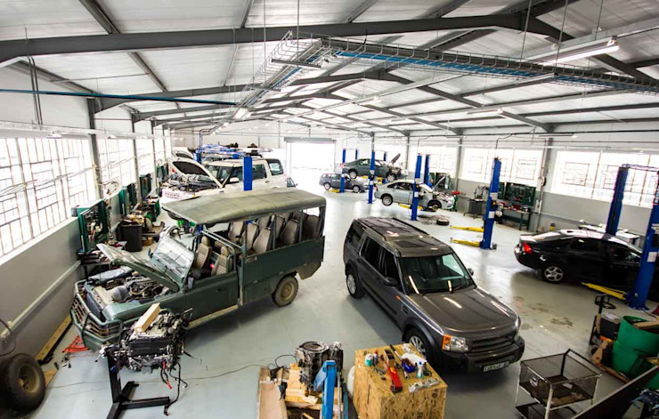 East Cape Motors by Intsika Architects (Pty) Ltd Modern