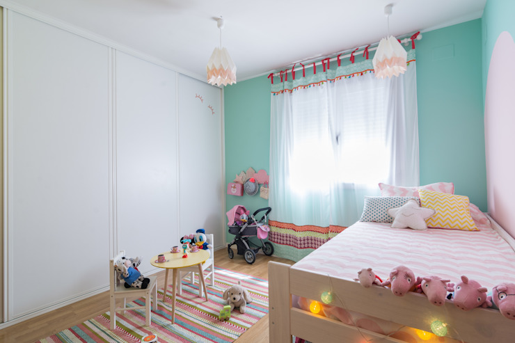 Nursery/kid's room by Ópera de Domingo, Scandinavian
