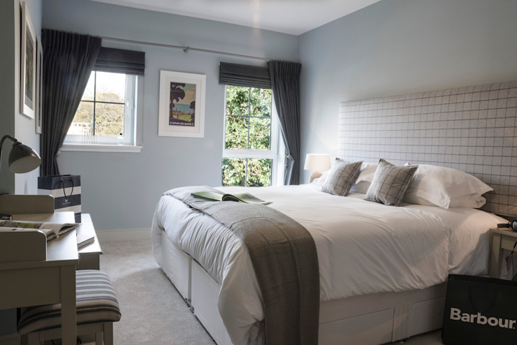 Hampton meets St Andrews:  Bedroom by Interiors by Tracy Smith