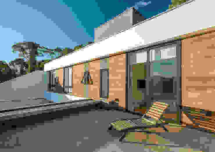 Alexandre Zelinski Fotógrafo de Arquitetura Balkon, Beranda & Teras Modern
