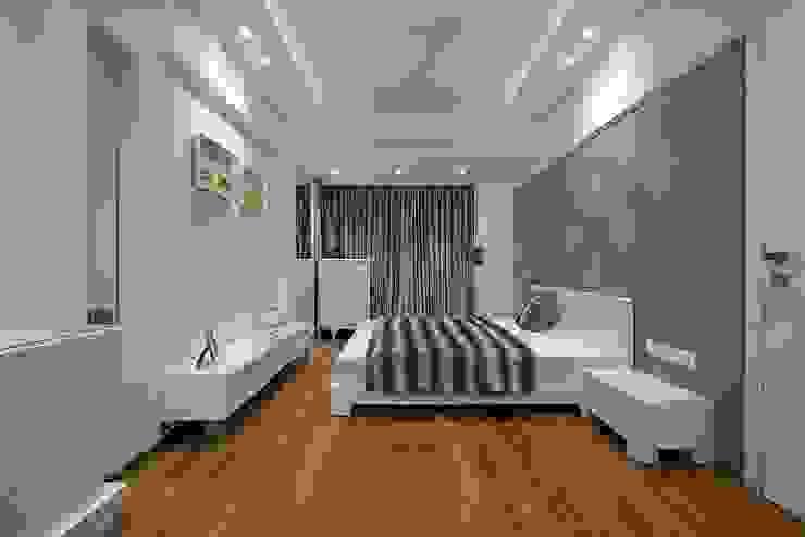 Bedroom 3 Minimalist bedroom by homify Minimalist