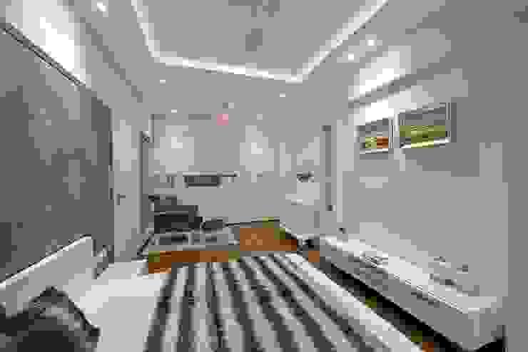Bedroom 1 Minimalist bedroom by homify Minimalist