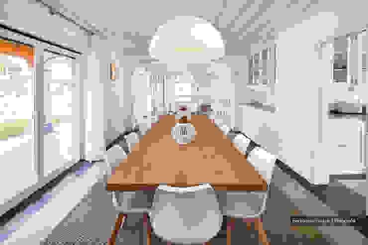 Outra casa fora de série, decorada com Velharias de Janas Salas de jantar modernas por Pedro Queiroga | Fotógrafo Moderno
