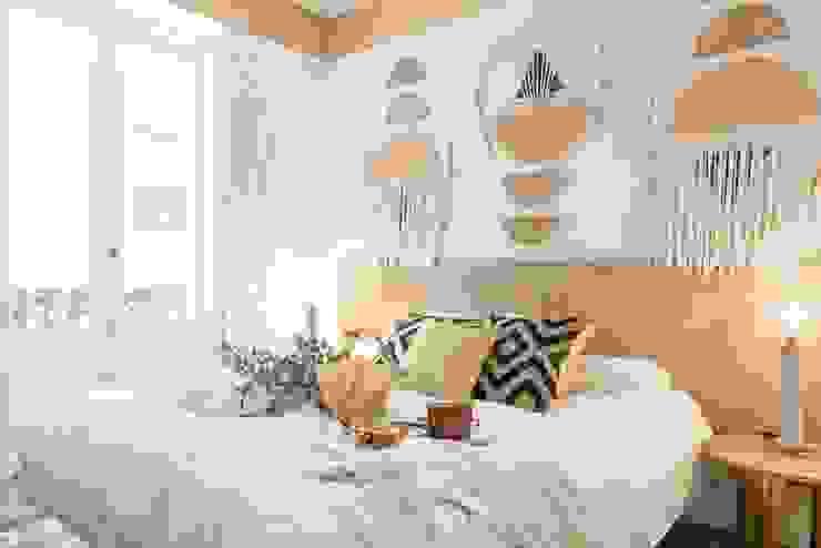 nghệ nhân kiến trúc Phòng ngủ phong cách mộc mạc bởi Nghệ nhân Kiến trúc thủ công Mộc mạc