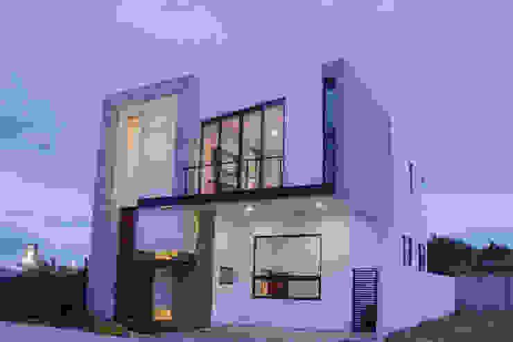 Casas de estilo moderno de ECKEN virtual spaces Moderno