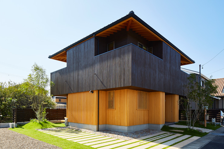 Eclectic style houses by 梶浦博昭環境建築設計事務所 Eclectic