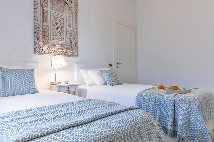 Habitat Home Staging & Photography ห้องนอนเตียงนอนและหัวเตียง