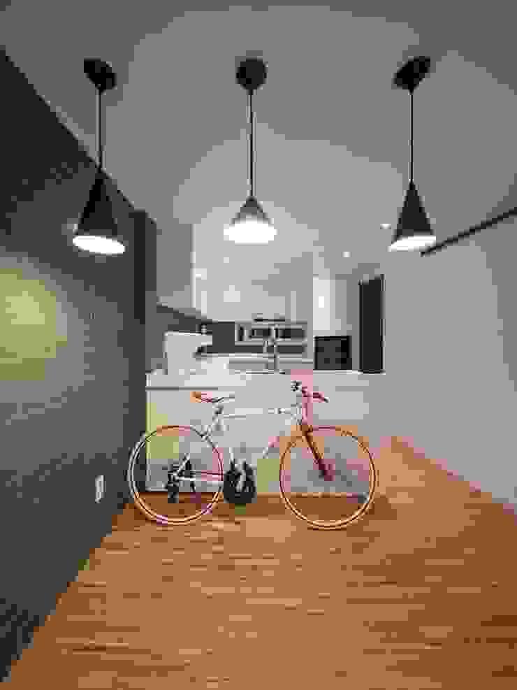영등포구 34평 아파트 리모델링 모던스타일 다이닝 룸 by 그리다집 모던