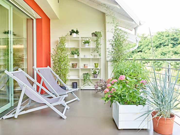 Scandinavian style balcony, porch & terrace by homify Scandinavian