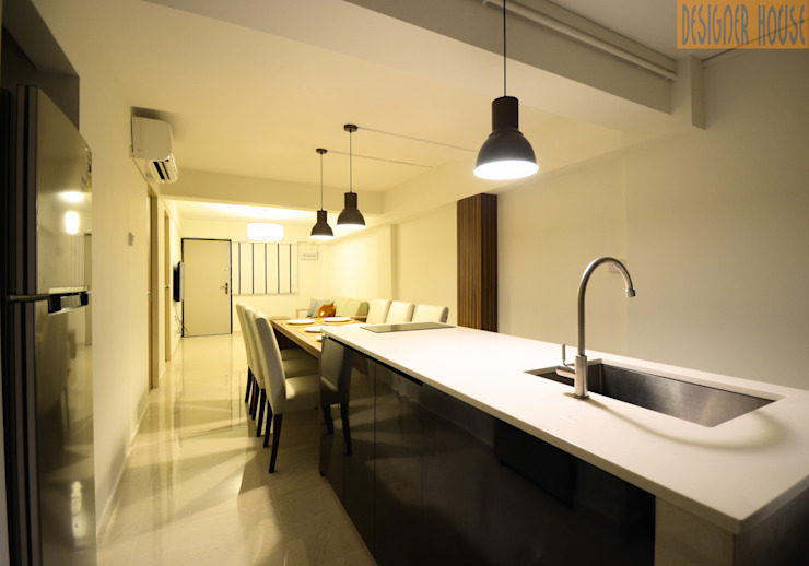 3 Room HDB Flat Knock Out Modern kitchen by Designer House Modern