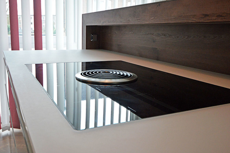 Glascouture by Schenk Glasdesign KitchenElectronics Kaca Black