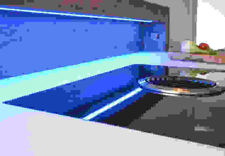 Glascouture by Schenk Glasdesign KitchenBench tops Kaca White