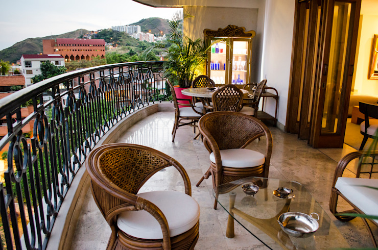 Balcones y terrazas de estilo ecléctico de Tejero & Ángel Diseño de Interiores Ecléctico