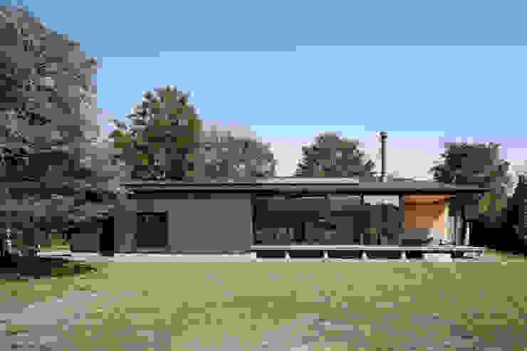 052いすみ市岬町Oさんの家 日本家屋・アジアの家 の atelier137 ARCHITECTURAL DESIGN OFFICE 和風 木 木目調