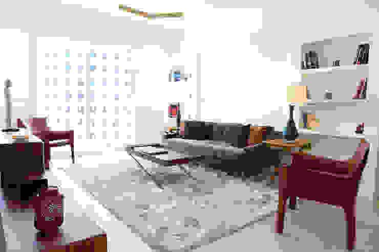 Mid-levels Flat Renovation Modern Living Room by B Squared Design Ltd. Modern