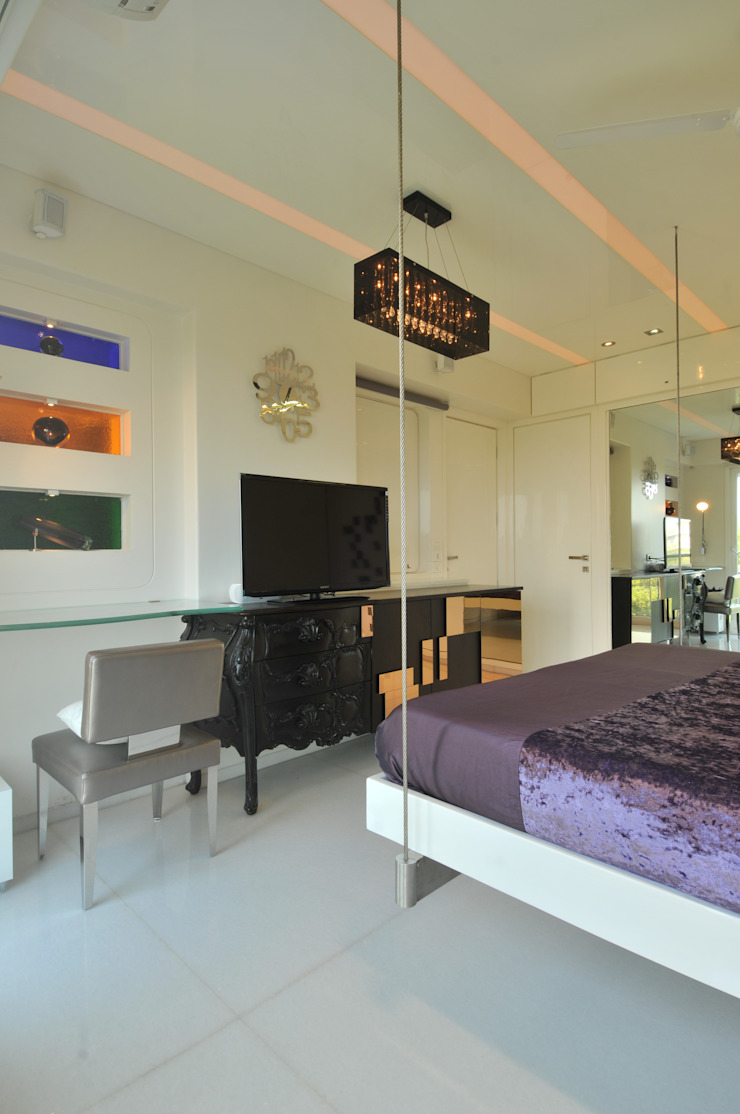 Site at Vile Parle Classic style bedroom by Mybeautifulife Classic