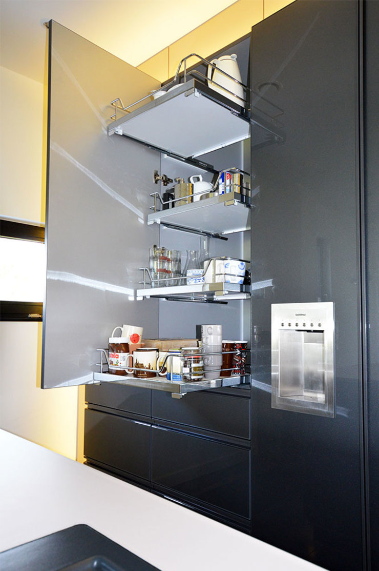 Glascouture by Schenk Glasdesign KitchenStorage Kaca Metallic/Silver