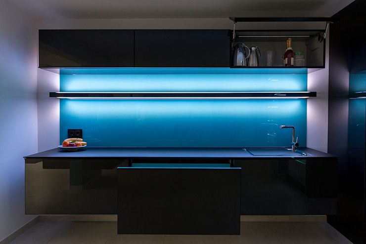 Glascouture by Schenk Glasdesign KitchenStorage Kaca Turquoise