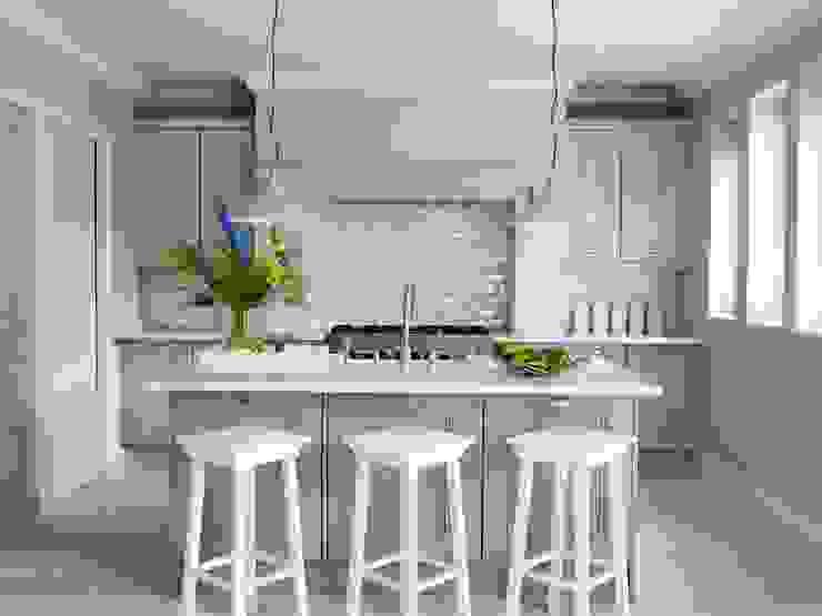 Kitchen by Peach Studio,