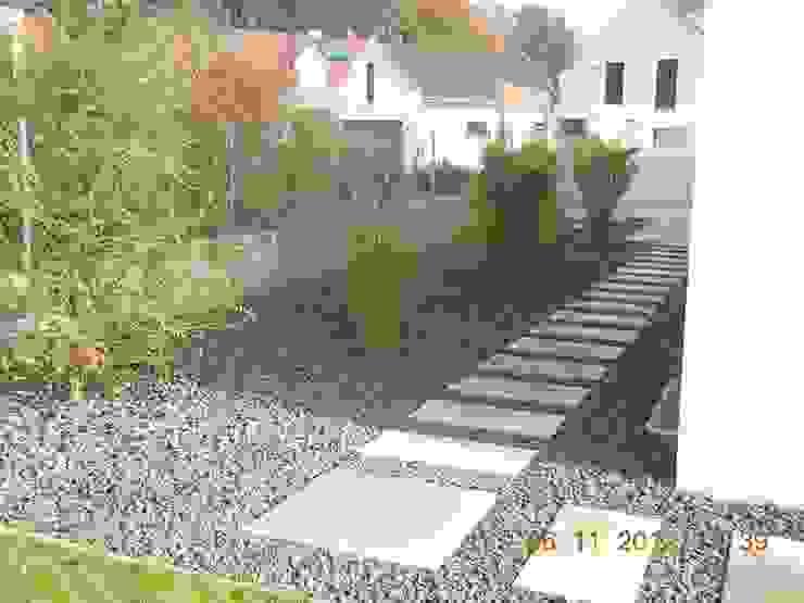 Garten-Landschaftsbau Hierreth-Felser GmbH Giardino moderno