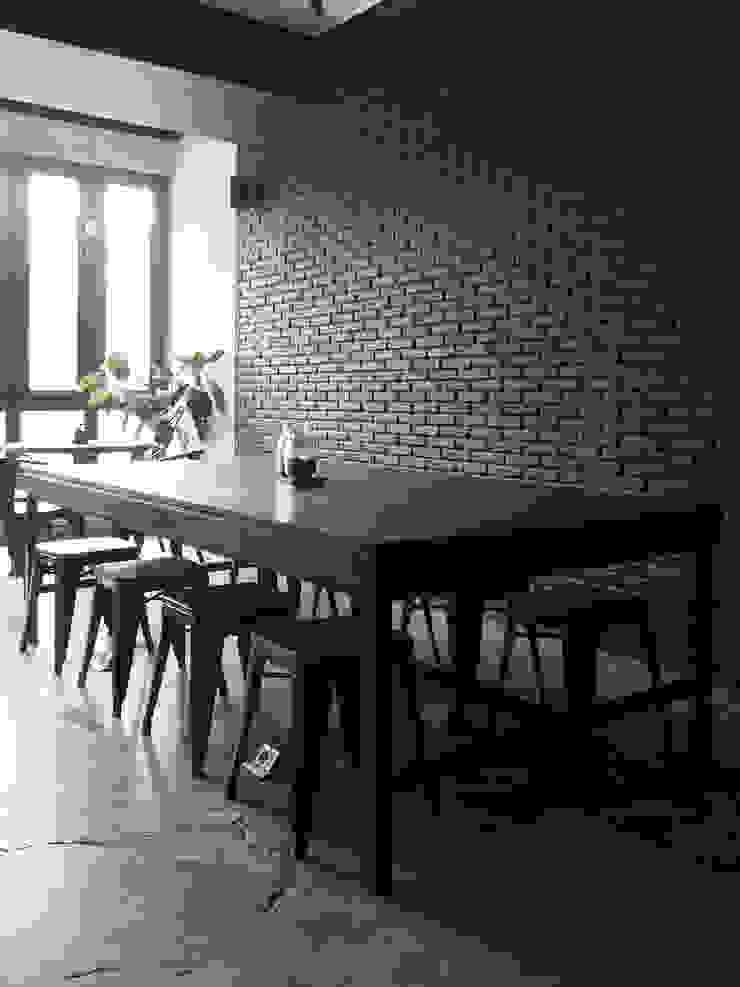 Spasi Architects Industrial style gastronomy Bricks Grey