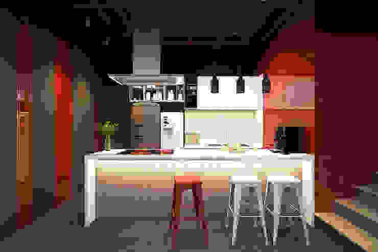 VĂN PHÒNG RED RUBY bởi Công ty TNHH Xây Dựng Và Thương Mại Detail