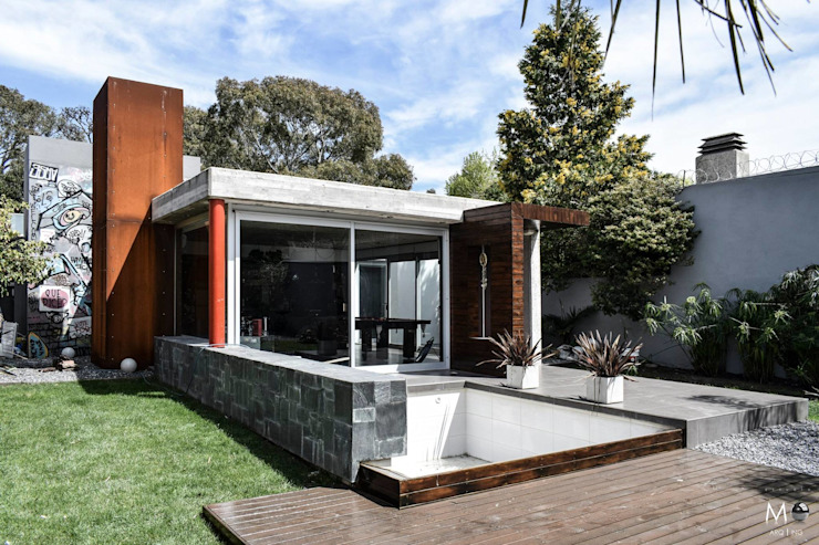 Modern Houses by estudio M Modern