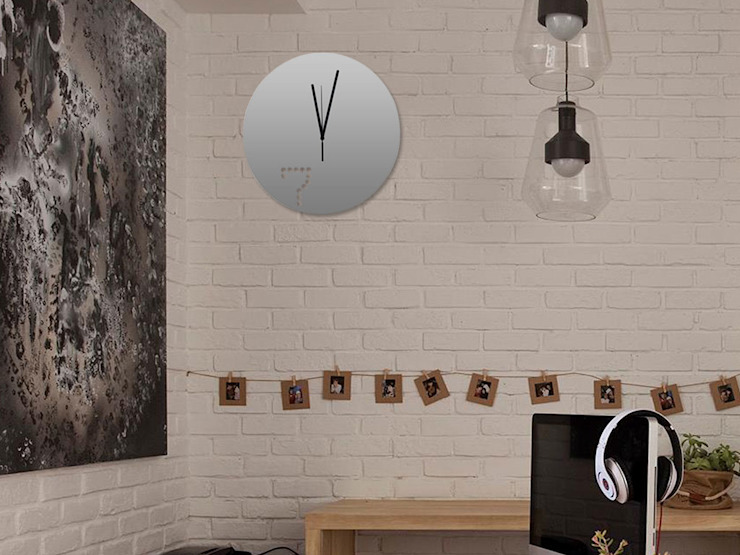 Kairos Dot at Seven Wall Clock: modern  by Just For Clocks,Modern Iron/Steel