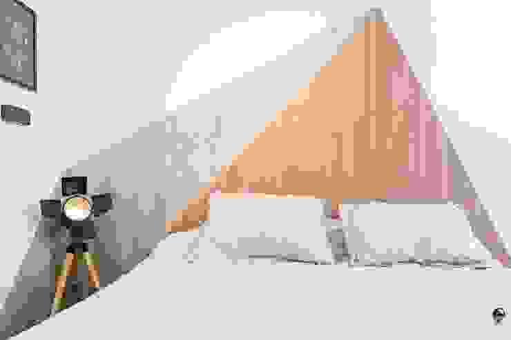DEPTO MONOAMBIENTE LA PERLA Dormitorios modernos: Ideas, imágenes y decoración de estudio M Moderno
