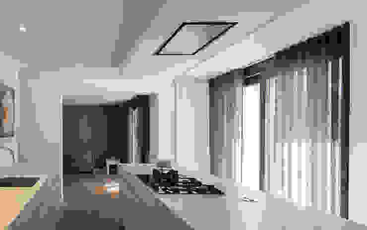 woning te Mierlo Moderne keukens van SVDK interieurarchitecte(n) Modern