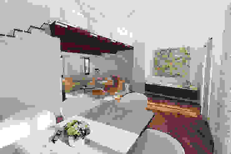 ADIdesign* studio Classic style living room