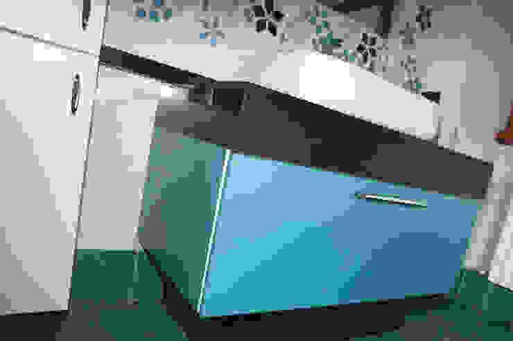 ADIdesign* studio BathroomStorage