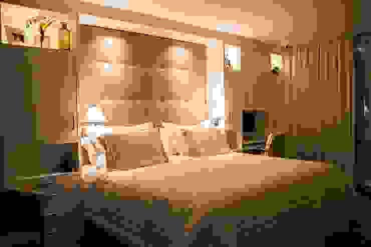 Modern Bedroom by Luiza Goulart Arquiteta Modern Wood Wood effect