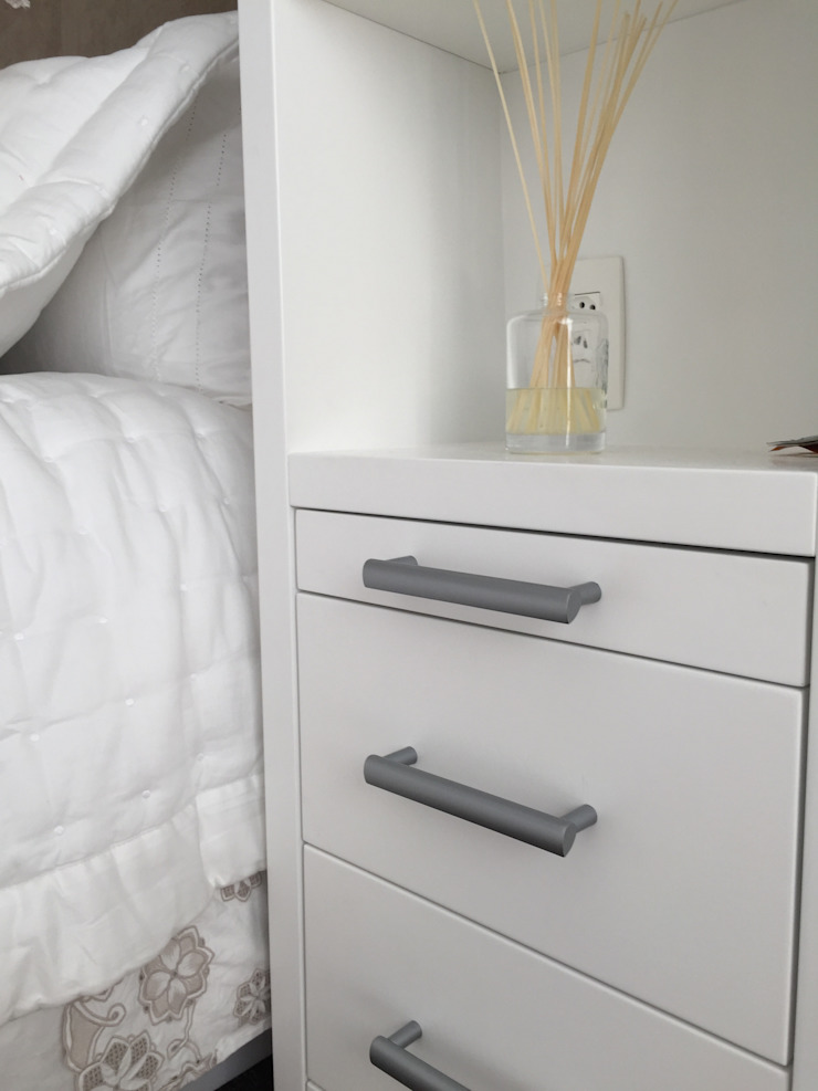 Modern Bedroom by Luiza Goulart Arquiteta Modern Granite