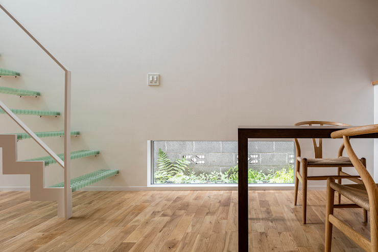 Ruang Makan Modern Oleh 前田篤伸建築都市設計事務所 Modern
