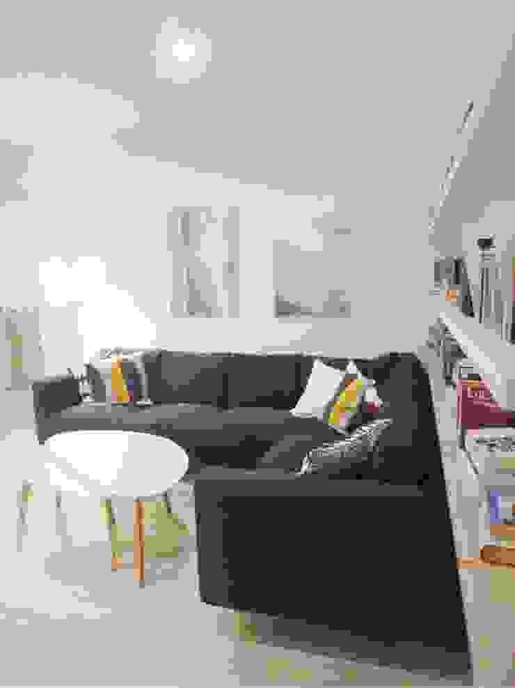 Skandinavische Wohnzimmer von NaNovo Skandinavisch