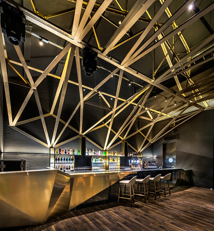 VUE Hotel Asian style hotels by MinistryofDesign Asian