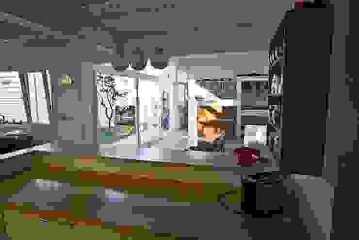 par Paula Mariasch - Juana Grichener - Iris Grosserohde Arquitectura Moderne