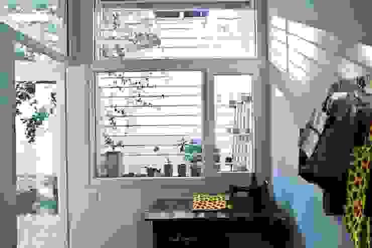 Salle à manger moderne par Paula Mariasch - Juana Grichener - Iris Grosserohde Arquitectura Moderne