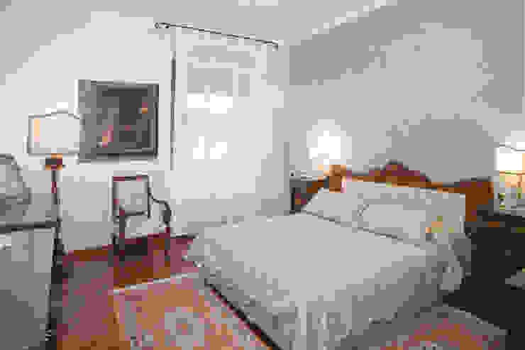 ADIdesign* studio Classic style bedroom